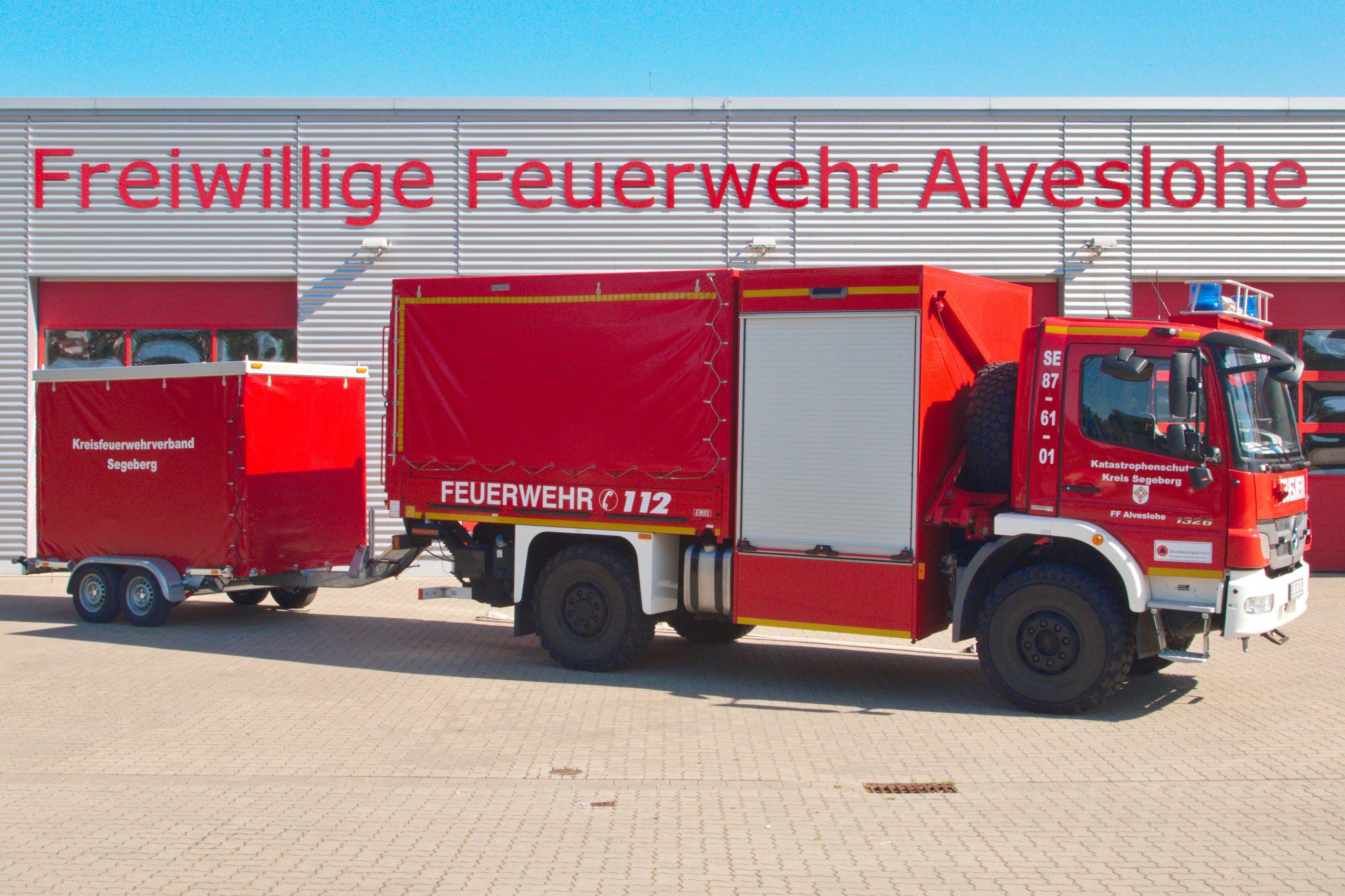 Schlauchwagen Katastrophenschutz 87 61 1 mit Hochleistungspumpenanhänger